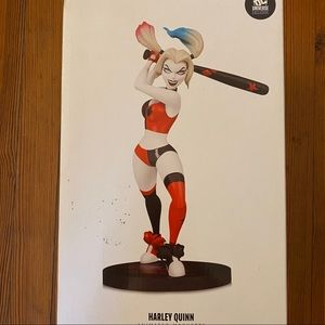 DC Collectibles Harley Quinn Animated Maquette NEW
